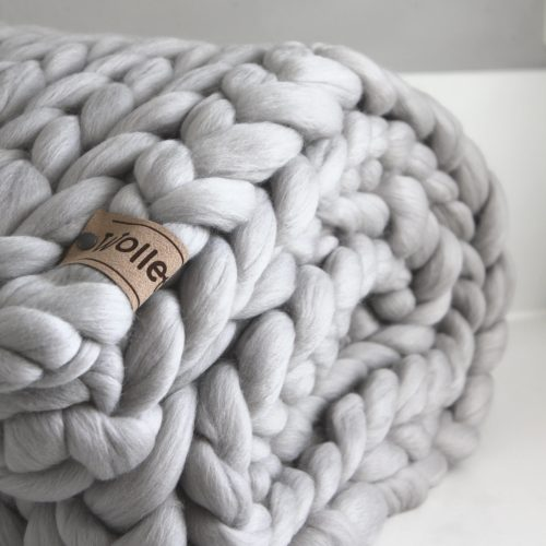 wolletje bol bolletje wol chunky knit merino wool woollen plaid blanket pillow cushion taupe silver grey throw organic wool