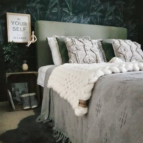 wolletje bol bolletje wol chunky knit xxl merino wool woollen plaid blanket throw pillow cushion wool white organic wool