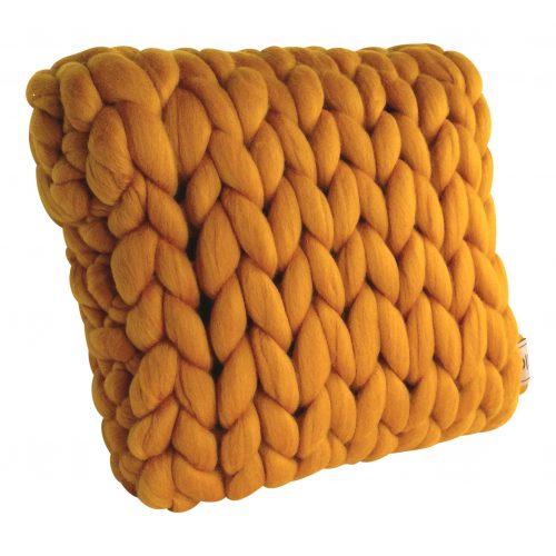 wolletje bol bolletje wol chunky knit xxl merino wool woollen plaid blanket throw cushion taupe sunny ochre pillow organic wool