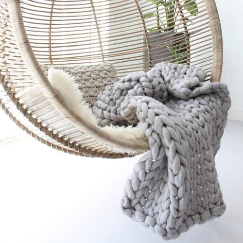 wolletje bol bolletje wol chunky knit merino wool woollen plaid blanket pillow cushion silver grey throw organic wool