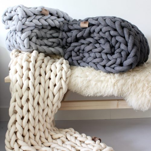 xxl knit crochet plaid bolletje wol bolletje wolletje ecru wool white creme natual silver grey ash grey throw chunky cotton vegan childfriendly animalfriendly