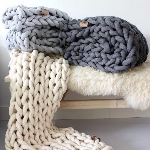 xxl knit crochet plaid bolletje wol bolletje wolletje ecru wool white creme natual silver grey ash grey throw chunky cotton vegan childfriendly animalfriendly