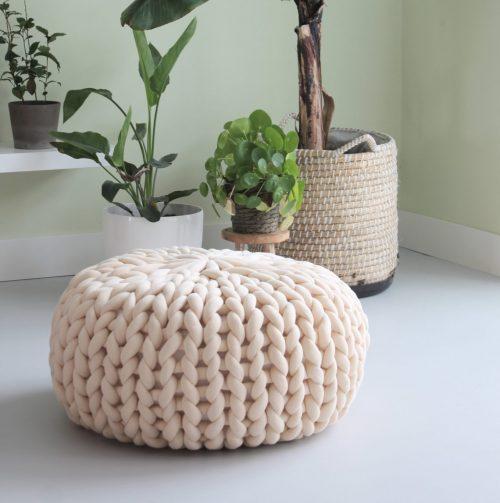 pouf chunky knit organic cotton xxl knit crochet plaid bolletje wol bolletje wolletje big cotton vegan childfriendly animalfriendly wolletjebol