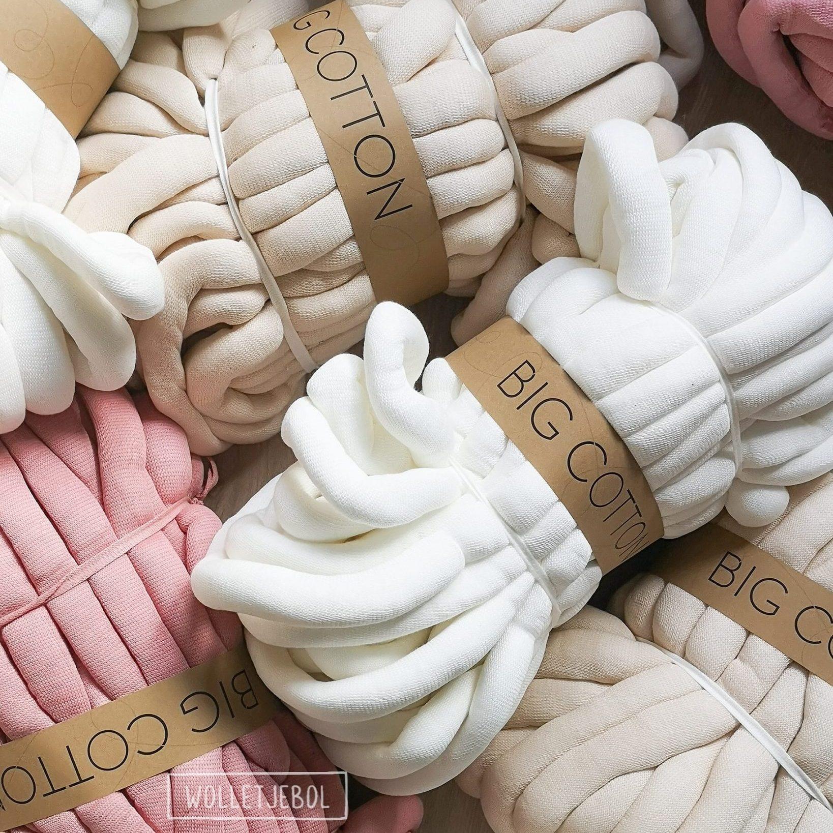 Cream white Sand Old pink DIY chunky organic cotton soft dusty xxl knit crochet plaid bolletje wol bolletje wolletje big cotton vegan childfriendly animalfriendly wolletjebol gots do it yourself diy buy merino wool