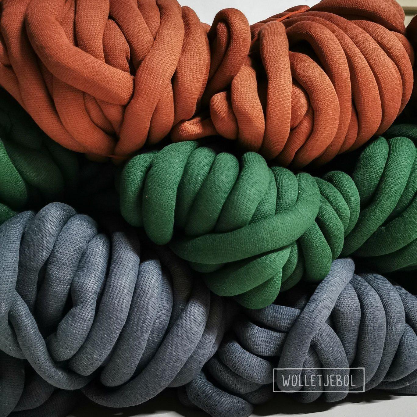 Terra Dark green Anthracite DIY chunky organic cotton soft dusty xxl knit crochet plaid bolletje wol bolletje wolletje big cotton vegan childfriendly animalfriendly wolletjebol gots do it yourself diy buy merino wool