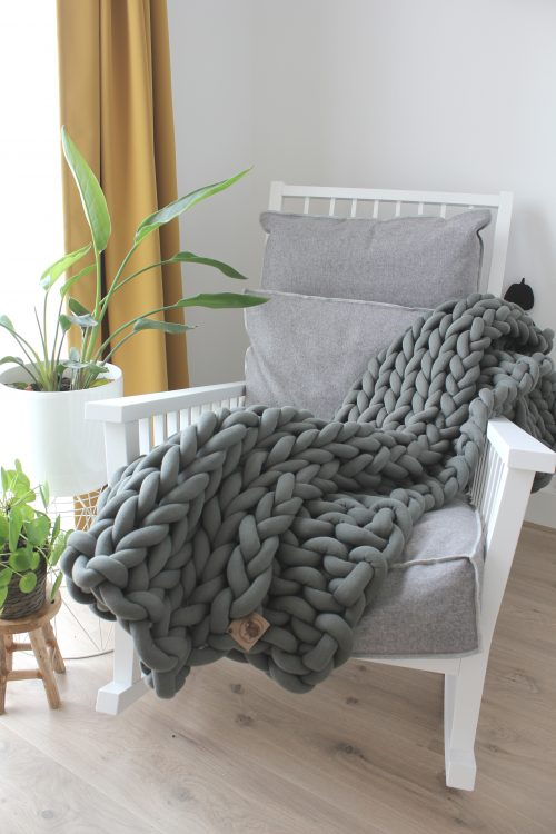 Grey green throw chunky organic cotton xxl knit crochet plaid bolletje wol bolletje wolletje big cotton vegan childfriendly animalfriendly wolletjebol