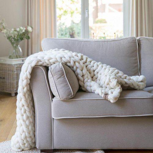 wolletje bol bolletje wol chunky knit merino wool woollen plaid blanket throw pillow cushion wool white