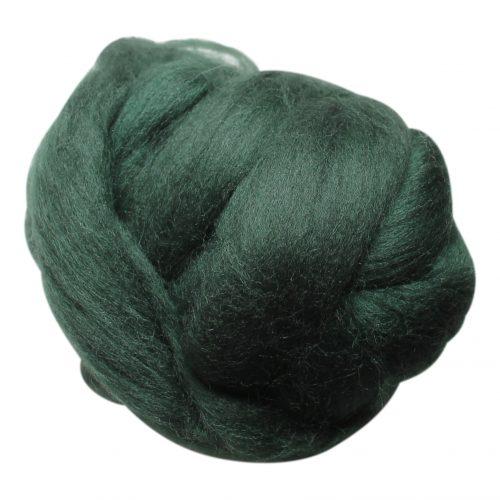 wolletje bol bolletje wol chunky knit xxl merino wool woollen plaid blanket throw pillow cushion dark green organic wool do it yourself diy buy merino wool make your own chunky knit dark green throw
