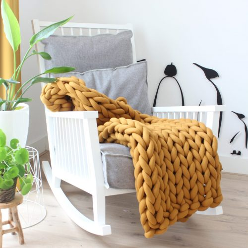 Ochre yellow throw chunky organic cotton mustard xxl knit crochet plaid bolletje wol bolletje wolletje big cotton vegan childfriendly animalfriendly wolletjebol