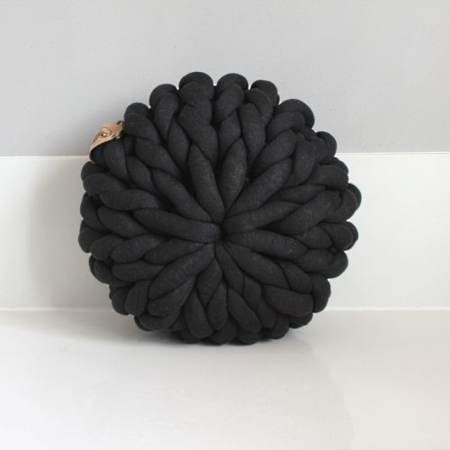 xxl knit crochet plaid bolletje wol bolletje wolletje anthracite black pouf chunky cotton vegan childfriendly animalfriendly footstool pouffe