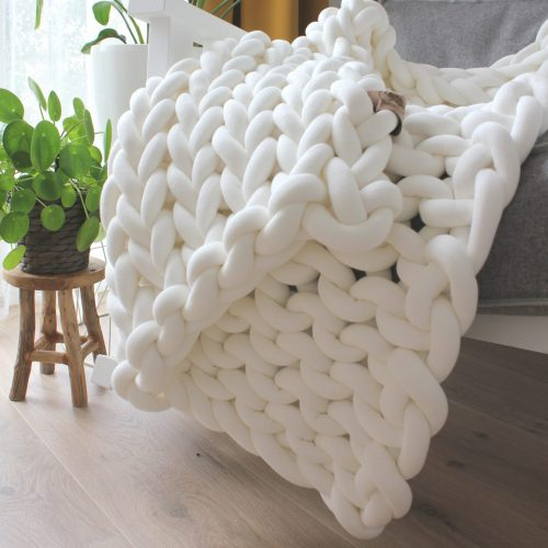 Cream white throw chunky organic cotton cream xxl knit crochet plaid bolletje wol bolletje wolletje big cotton vegan childfriendly animalfriendly wolletjebol