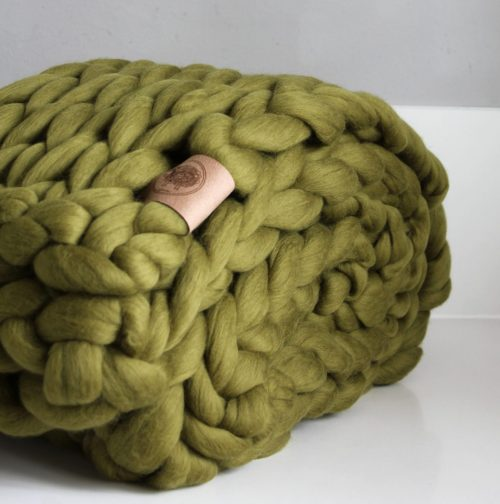 wolletje bol bolletje wol chunky knit xxl merino wool woollen plaid blanket throw pillow cushion green olive green throw organic wool do it yourself diy buy merino wool