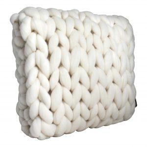 wolletje bol bolletje wol chunky knit xxl merino wool woollen plaid blanket throw cushion decorative pillow wool white