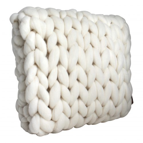 wolletje bol bolletje wol chunky knit xxl merino wool woollen plaid blanket throw cushion decorative pillow wool white