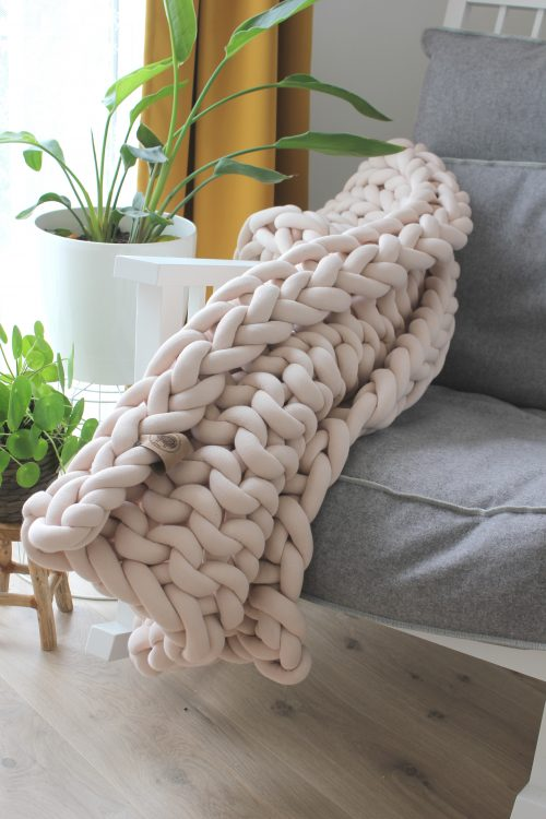 Sand throw chunky organic cotton beige cream xxl knit crochet plaid bolletje wol bolletje wolletje big cotton vegan childfriendly animalfriendly wolletjebol
