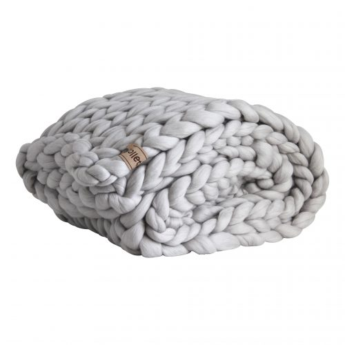 wolletje bol bolletje wol chunky knit xxl merino wool woollen plaid blanket throw pillow cushion mouse light silver grey throw organic wool do it yourself diy buy merino wool