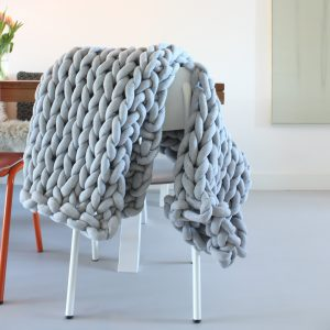 pattern throw chunky cotton xxl knit crochet plaid bolletje wol bolletje wolletje beige sand linen pouf chunky cotton vegan child friendly animal friendly basket diy make your own
